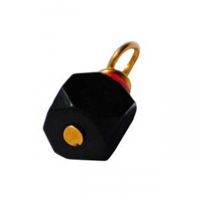 amulet azabache cubica